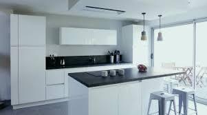 cuisine et blanc 25 cuisine bordeaux et gris idées de cuisine