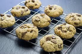 cuisiner flocon d avoine recette de cookies aux pépites de chocolat et flocons d avoine