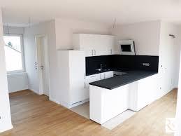 Das Wohnzimmer Wiesbaden Biebrich 2 Zimmer Wohnungen Zu Vermieten Gallierweg Wiesbaden Mapio Net