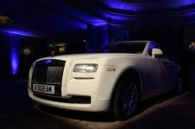 roll royce london london gala celebrates 90 years of the rolls royce phantom with de