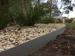 Garden Edge Ideas Rock Garden Border Ideas Lovely Metal Garden Edging Get Garden