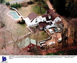 15 old house lane chappaqua fire breaks out at bill and hillary clinton s home in chappaqua