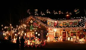 crazy christmas tree lights breezin entertainment blog crazy christmas decorations
