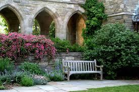 how to design a courtyard garden margarite gardens