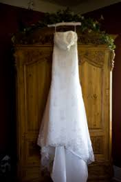 Used Wedding Dresses The Pros And Cons Of Used Wedding Dresses