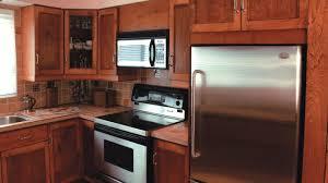 armoire en coin cuisine la fabrication d armoires de cuisine rénovation bricolage