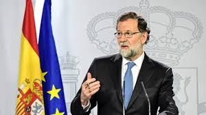 The Heist Flag Spanien Rajoy Setzt Katalanische Regierung Ab Zeit Online