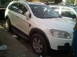 chevrolet captiva diesel 2 2 lt price specs review pics