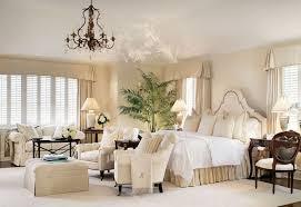 plante verte chambre à coucher 1001 modèles inspirantes de la chambre blanche et beige
