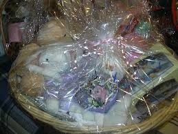 where to buy plastic wrap for gift baskets 100 gift basket plastic wrap gift wrapping supplies gift