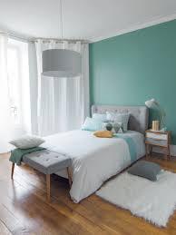 sofa kleine rã ume funvit kleines schlafzimmer dachschräge einrichten