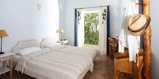 chambre 2 lits chambre pour deux personnes avec 2 lits à une place hôtel eleonas