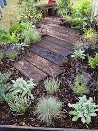 Backyard Decor Pinterest Best 25 Garden Bark Ideas On Pinterest Landscape Bark