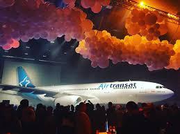avion air transat siege air transat célèbre ses 30 ans ses avions arborent une nouvelle