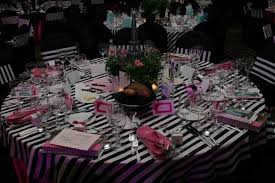 Paris Decorations I Really Like Stripes I Don U0027t Know If This Would Look Good In The