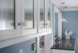 should you replace reface or refinish your kitchen cabinets