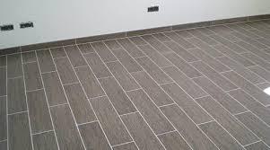 carrelage chambre carrelage dans une chambre agrandir des carreaux de ciment pour