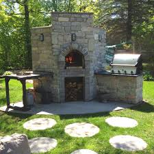 Brick Oven Backyard by 27 Best Brick Oven Images On Pinterest Outdoor Kitchens Brick