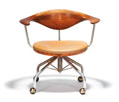 La Modern Furniture by Hans Wegner Furniture To Go To Auction In Los Angeles