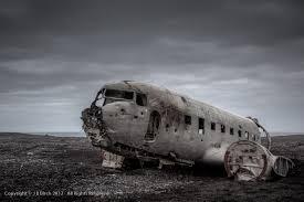 airplane wreckage iceland amazing places