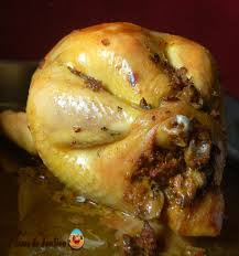 cuisiner la poularde recette poularde farcie aux foies de volailles ferme de joulieu