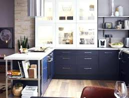 changer sa cuisine refaire sa cuisine sans changer les meubles blanche murs aubergine