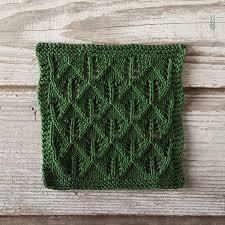 free knitting pattern christmas tree dishcloth free dishcloth pattern tree hunting knitpicks staff knitting blog
