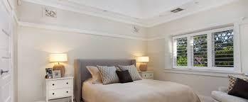 klimagerät für schlafzimmer weniger schwitzen dank moderner klimaanlagen zuhause bei sam