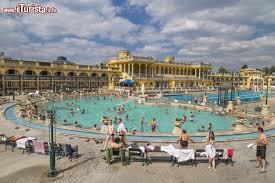 bagno termale e piscina széchenyi bagni széchenyi budapest cosa vedere guida alla visita