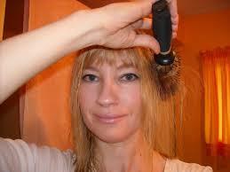 medium long flipped hair flipping out a 1960s hair style tutorial go retro