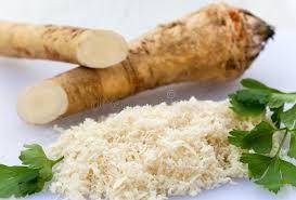 qu est ce que le raifort cuisine raifort frais avec le persil photo stock image du