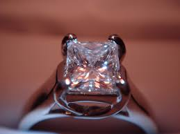 best place to buy an engagement ring 5 best places to buy diamonds in dubai dubai expats guide