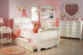 Princess Bedroom Furniture Toddler Princess Bedroom Set Lovely Disney Princess Bedroom