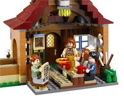The Burrow Floor Plan Amazon Com Lego Harry Potter The Burrows 4840 Toys U0026 Games