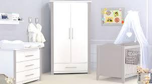 chambre bébé et taupe chambre bebe pas chere bleu et blanc gris deco neutre