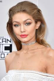 the 25 best ideas about red carpet makeup on red carpet hair emma makeup and define recruit