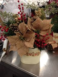 christmas floral arrangement navidad pinterest floral