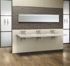 badezimmer neu kosten innenarchitektur geräumiges badezimmer neu fliesen kosten