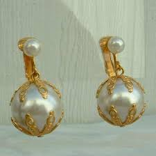 dangle clip on earrings ny faux pearl dangle clip earrings vintage new stock