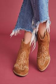 shop boots reviews shop the matisse axis embroidered boots and more anthropologie at