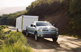 toyota tacoma towing capacity 2016 toyota tundra engine options towing capacity