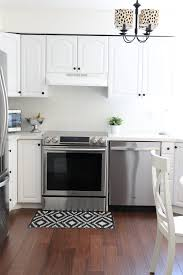 how to paint kitchen cabinet how to paint kitchen cabinets happy home fairy