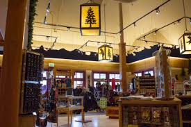 old faithful snow lodge gift shop 5