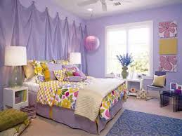 girl bedroom design ideas colorful floral pattern fabric curtain interior fabric board sideboard painted wall vase