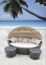 canapé lit rond couvert en rotin transat canapé lit rond avec repose pieds buy