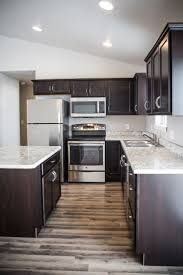 Kitchen Laminate Design by Best 25 Laminate Cabinets Ideas On Pinterest Redo Laminate