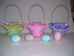 painted easter baskets lot of 3 easter baskets 8 x 4 5 with 4 ceramic painted