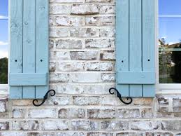 benjamin moore light blue create this look pine hall brick oyster pearl brick with ivory