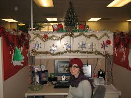 pix for u003e christmas decorated office cubicles seasonal decor