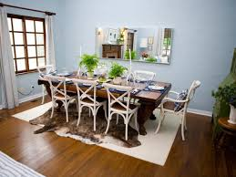 modern dining room with table lamps placed in the sideboard and